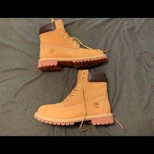 Size 6 (youth) timberland boots